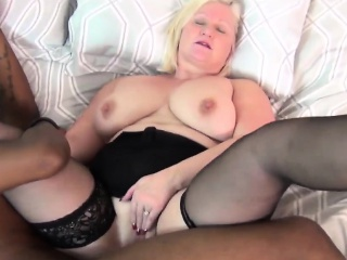 Granny gets cunt filled by throbbing black dong