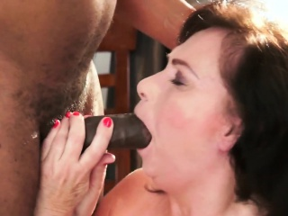 Blacked cougar facialized