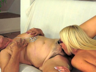 Hairy lesbian granny queened by spex beauty