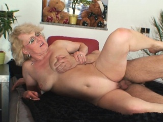 He fucks lonely 60 years old blonde granny neighbor