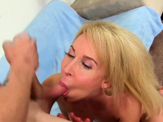 Perfect Granny Erica Lauren Gets Banged