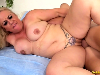 Older Slut Summer Cannot Stop Fucking