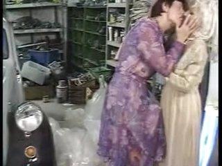 Grandma lesbo