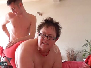 AgedLovE Granny Chubby Honey And Sam Bourne Sex