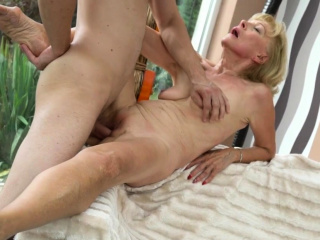 Blonde granny creampied