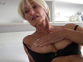 Extremely HOT old granny