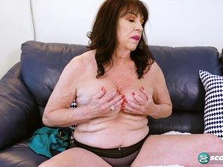 Christina cums - 60PlusMilfs