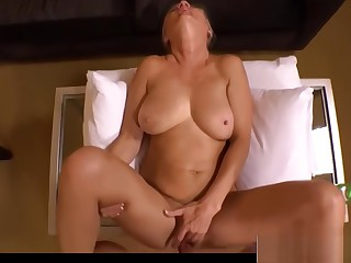 Perfect Body Mother Amelia Gets nailed Hot Her Friend