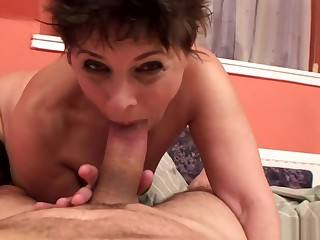 Grannies Margo hairy pussy