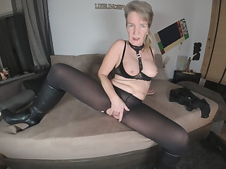 Petra Amateurvr3d in Petra - Hottest Mature Ever.... - AmateurVR3D