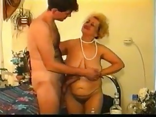 Granny boy: who can help me with the full movie?