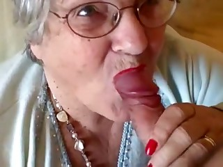 Grandma Gives a Lipstick Blowjob