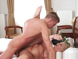 Busty Granny Gives Head