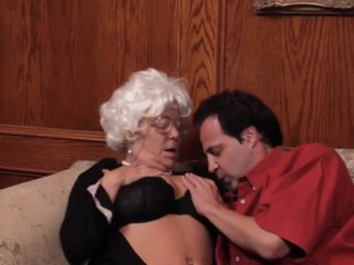Grandma loves to feel her pussy being fucked