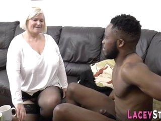 Granny Suck And Tugs Big Black Penis - Interracial Sex