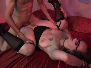 Hot Granny Lilith C Loves Her Hairy Cunt Fucked By A Younger Guy